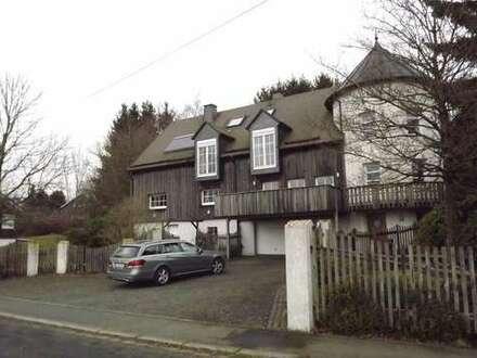 Außergewöhnliches 2-Familienhaus mit herrlicher Aussicht in Waigandshain