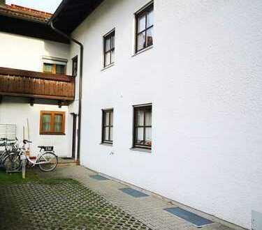 Charmante 2-Zimmerwohnung in Großkarolinenfeld / Selbstbezug oder Kapitalanlage