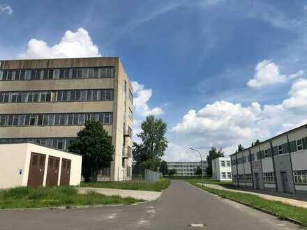 Gewerbefläche Lagerhalle Produktionshalle   Hostel, Auto-Werkstatt, Schulungsbetrieb, Go-Kart Halle
