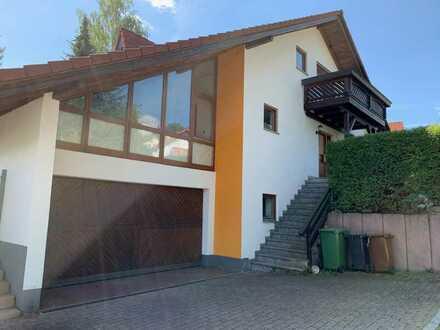 Großzügiges, stadtnahes Einfamilienhaus mit Büro/ELW in gehobener Ausstattung