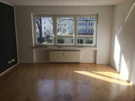 RHEINNÄHE, Helle und ruhige 3-Zimmer-Wohnung in Köln, Altstadt & Neustadt-Nord