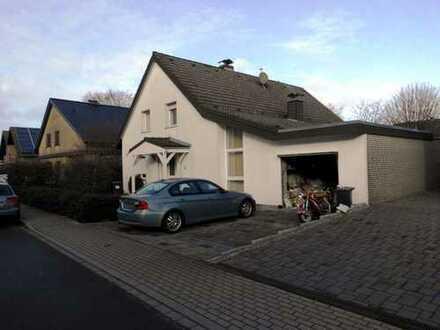 IMMOKONZEPT-NIEDERRHEIN: Ruhige Lage ,2 Bäder, toller Wohnbereich, Kamin, viele Möglichkeiten......