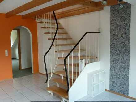 Attractive 3 Zimmer Maisonetten Wohnung in Widdern in einer ruhigen Wohngegend.