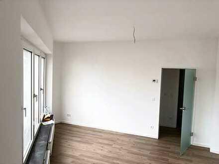 Erstbezug nach Sanierung! Moderne2-Zimmer-Wohnung in unmittelbarer Nähe zur beliebten Lorettostrasse