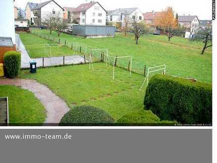 Sofort einziehen! Wohnen mit Weinbergblick und zwei Balkonen und Gartennutzung!