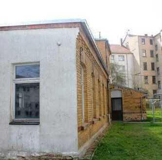 Garage/kleine Halle z. B. als Lagerfläche in Haselbrunn