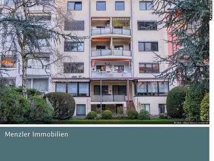 Smarte Kapitalanlage mit freier EG-Wohnung und großem Garten! 300 m bis Hofgarten! Bieterverfahren!