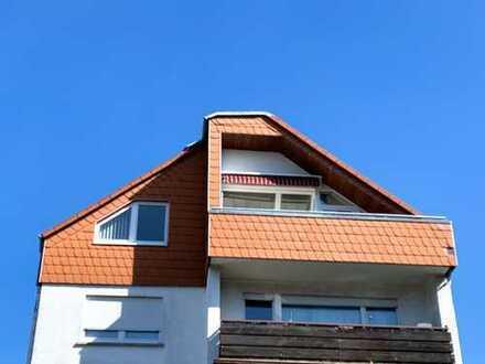 Lichtdurchflutete 3 Zimmer-Dachgeschoßwohnung mit großem Balkon in Hainburg!