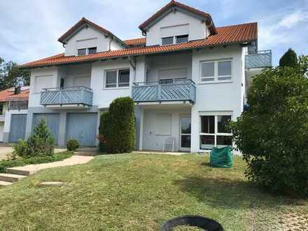 Gepflegte 4-Raum-Dachgeschosswohnung mit Balkon und Einbauküche in Bad Urach-Wittlingen