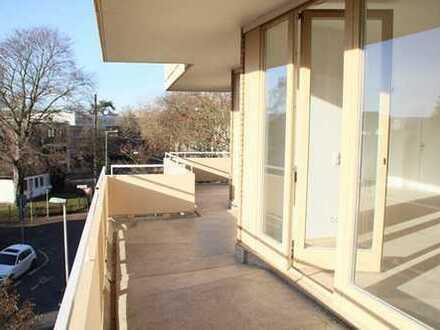 Traumhafte 4-Zimmer-Wohnung mit umlaufendem Balkon in bester Lage von Bad Godesberg - Plittersdorf