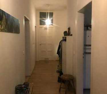 Großzügige 4-Zimmer-Wohnung im Jugendstilhaus