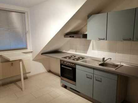 Helle und gemütliche Dachgeschosswohnung in guter Lage!