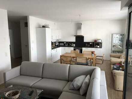 Neuwertige 4,5 Zimmer Wohnung in Tübingen