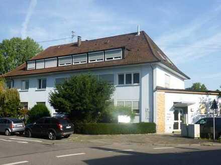 KA-Weiherfeld / Büro- oder Praxisfläche im 1. OG eines gepflegten Gewerbeobjektes / ab 01.02.2020