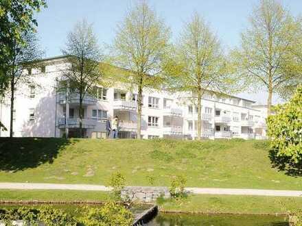 Service-Wohnen am Schloßpark, gepflegte 2-Zimmer-Terrassenwohnung und EBK in Moers