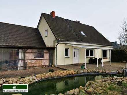 Schönes Einfamilienhaus mit Ferienwohnung und großem Grundstück am Grabower Bodden mit Wasserblick