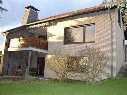 Freistehendes Einfamilienhaus mit Südlage in Overath-Steinenbrück