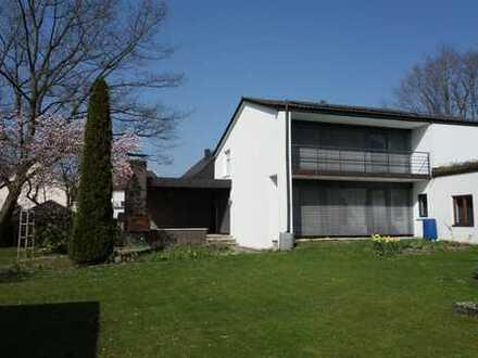 Einfamilienhaus in zentraler, ruhiger Lage in Hengersberg