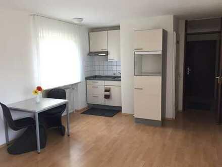 Schöne, teilmöbelierte 1-Zimmer Wohnung auf der Wanne