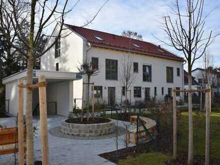Neubau/Erstbezug - Stattliches Reihen-Eck-Haus in zentraler Bestlage Alt-Aubings