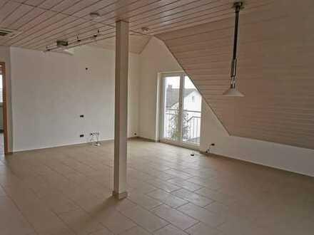 Exklusive, geräumige und neuwertige 2-Zimmer-Wohnung mit Einbauküche nahe Ingolstadt