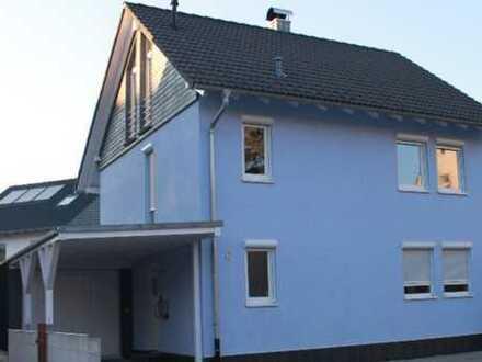 Schönes, geräumiges Einfamilien-Haus mit fünf Zimmern in zentraler Lage in Donaueschingen