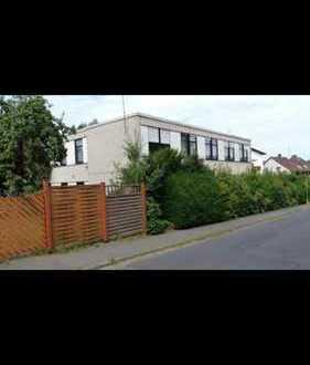 450.000 €, 550 m², 25 Zimmer