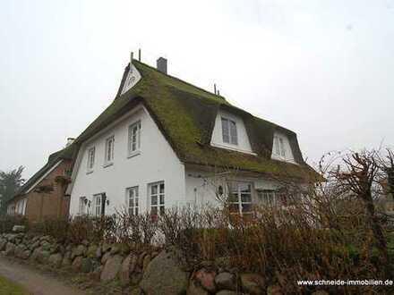 Nahe des Elbdeich gelegenes 5-Zimmer-Einfamilienhaus mit Terrasse und Garten