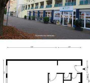 AB 01.02.2020 - Renoviert! 400 €, 31 m², 1,5 Zimmer Küche PKW Stellplatz Schloßnähe