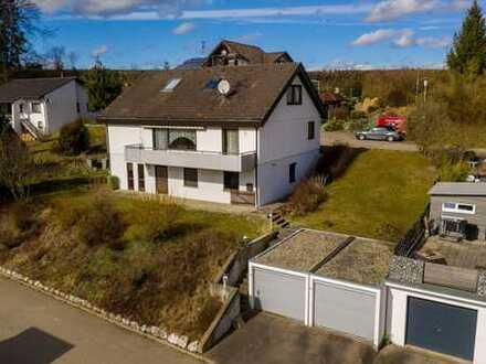 2-Familienhaus mit Einliegerwohnung, Ortsrandlage mit Traumaussicht in Mengen-Rosna
