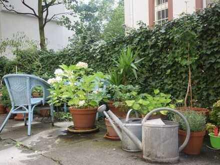 Seltene Chance! Exklusive Altbauwohnung in exzellenter Lage in Frankfurt-Nordend