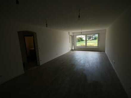 Erstbezug nach Sanierung: freundliche 3-Zimmer-Erdgeschosswohnung mit Balkon in Hattingen