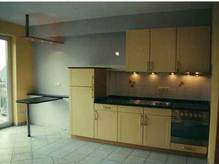 Neuwertige 2-Zimmer-Wohnung mit Balkon und Einbauküche in Büren /Wewelsburg