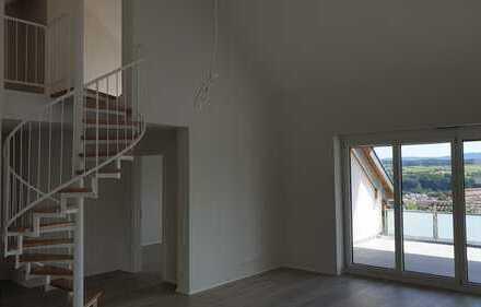 Erstbezug: 3-Zimmer-Dachgeschosswohnung mit EBK und Balkon in Ebersbach an der Fils
