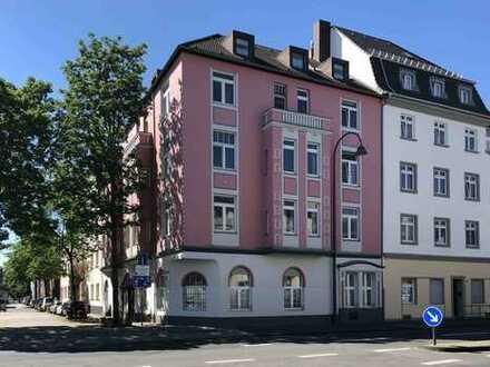 Liebevoll gepflegtes, gut vermietetes Wohnhaus mit 9 Wohnungen