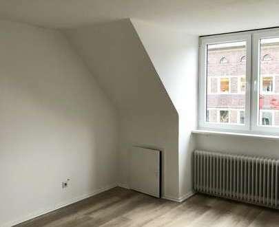 Renovierte Single- oder Zweit-Wohnung in der Bremerhavener Innenstadt