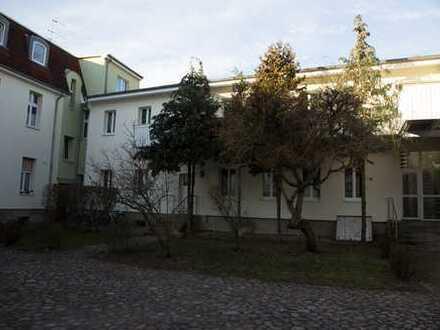 Freundliche, vollständig renovierte 2-Zimmer-Hochparterre-Wohnung in Königs Wusterhausen