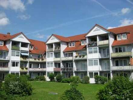 2-Raum-Dachgeschosswohnung mit Balkon in attraktiver Wohnanlage