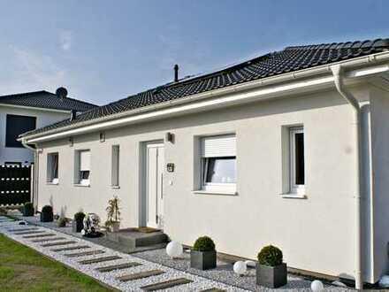 Neubau-Bungalow nach KFW 55 Standard in begehrter Wohnlage von Lemwerder