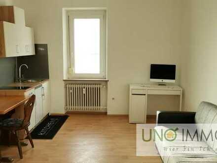 ++Neu renoviert++ WG Zimmer mit eigener Küche und Gemeinschaftlichem Badezimmer ++