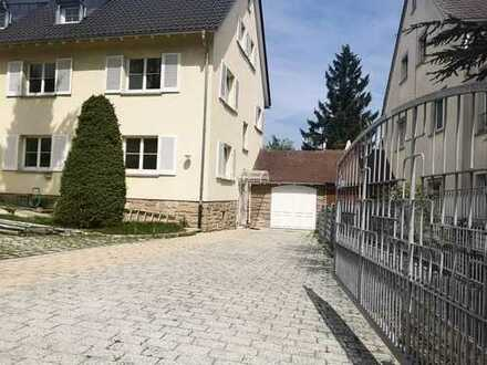 WG geeignetes Rooftop Apartment in toller Lage von Gablenberg - auf Wunsch mit Möblierung