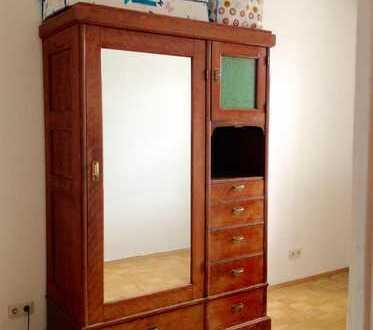 Schönes helles, ruhiges möbliertes Zimmer in Haidhausen