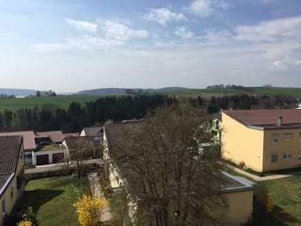 Gepflegte 2-Zimmer-Dachgeschosswohnung mit Loggia und Einbauküche in Wildberg