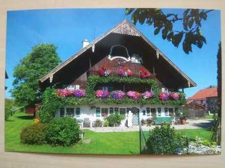 Sehr Schönes Bauernhaus mit sechs Zimmern in Berchtesgadener Land (Kreis), Laufen