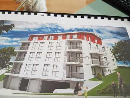 Neuwertige 4-Raum-Wohnung mit Balkon und Einbauküche in Waldshut-Tiengen