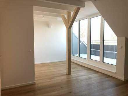 Ausgebaute 2-Zimmer-Dachgeschosswohnung-Galerie und Loggia- frei ab 15. Januar oder 1. Februar 2020