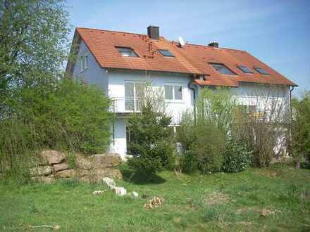 Doppelhaushälfte mit Einliegerwohnung