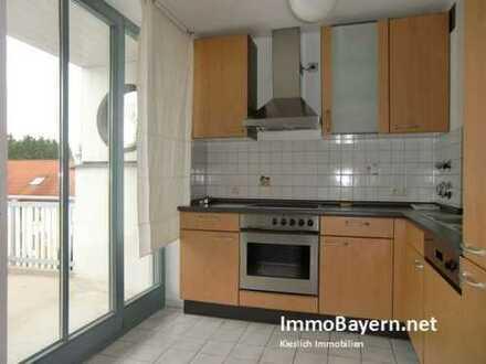 2-Zimmer-Wohnung mit Einbauküche und West-Balkon in Türkheim Bhf.