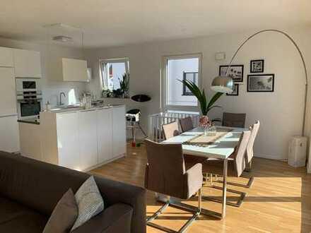 Schöne zwei Zimmer Penthousewohnung mit Aussicht im Herzen von Schwäbisch Gmünd