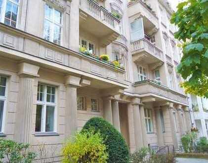 Elegante Stadtwohnung - Stuckaltbau im Bayerischen Viertel!